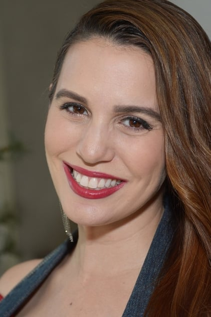 Photo of Christy Carlson Romano