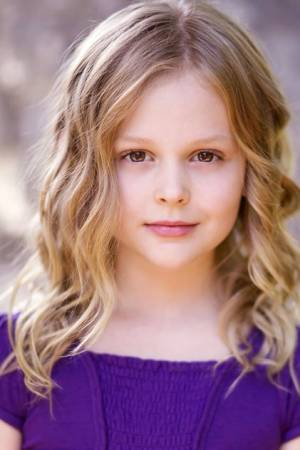 Photo of Emily Alyn Lind